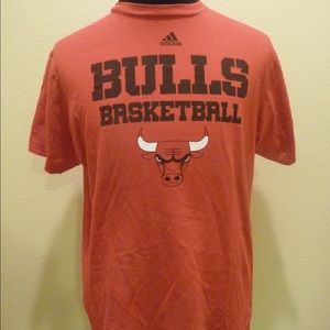 adidas Chicago Bulls NBA Men's Size L T-Shirt